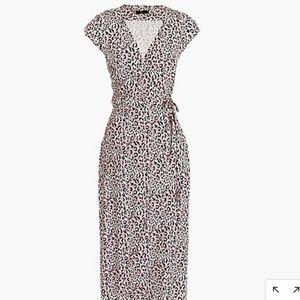 Midi wrap dress in soft leopard pink